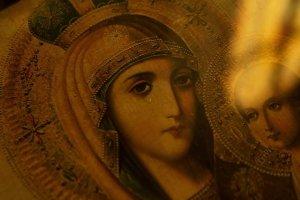 """""""Церковне закулісся"""" оглядає чудотворні ікони, що дарують надію у час біди (+Відео)"""